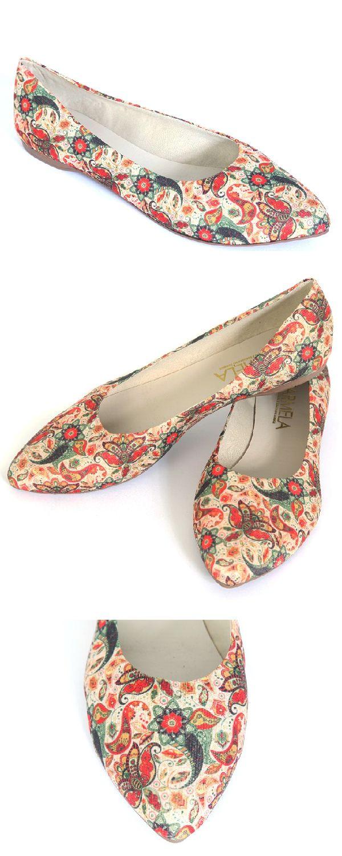 3186c70363 Sapatilha Feminina Carmela Fiori Estampada Colorida. As sapatilhas podem  ser usadas em qualquer estação do