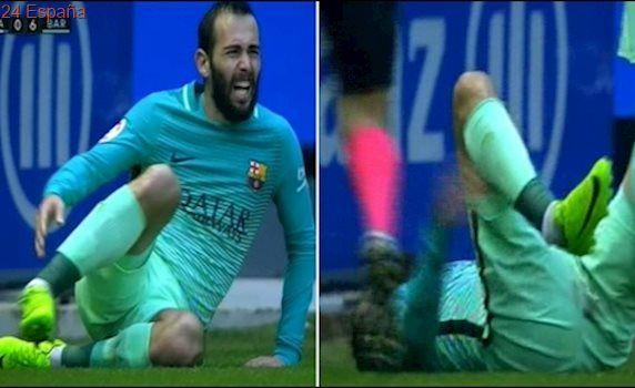 Escalofriante lesión de Aleix Vidal: posible fractura de tobillo • Barcelona Vs Alavés