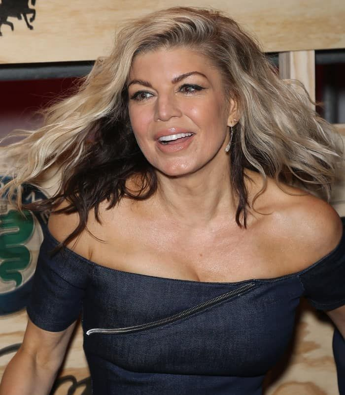 Fergie Flaunts Sexy Curves in Sexy RtA 'Lilou' Denim Dress