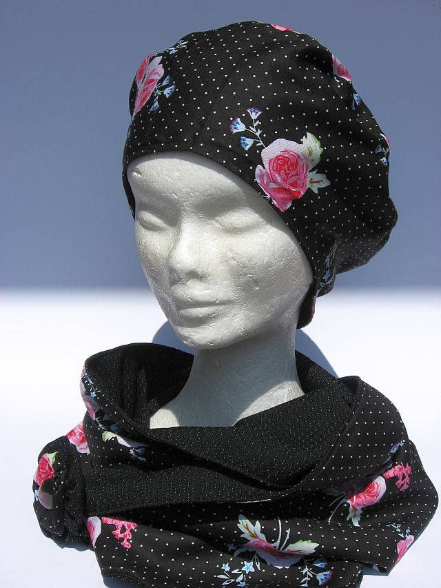 Berreto Basco con sciarpa girocollo abbinato, di cottone leggero, nero rosa design floreale, basque and infinity loop, beret basque femme di Janecolori su Etsy