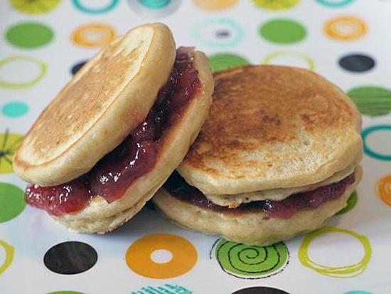 Reinventing PB - www.lilsugar.comIdeas, Jelly Sandwiches, Peanuts, Peanut Butter Jelly, Breakfast, Food, Jelly Pancakes, Pancakes Sandwiches, Jelly Recipe