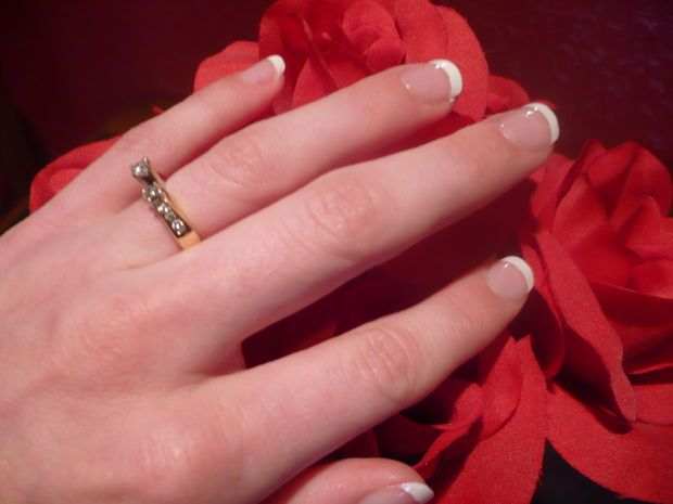 Picture of Do-it-yourself French Manicure