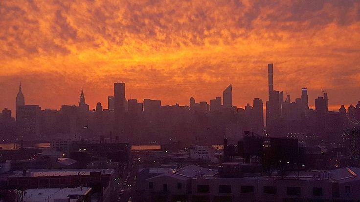 Sunset Tonight @everythingnyc @nycdailypics @ig_nycity @newyorkist @gothamist #nbc4ny #abc7ny #fox5ny #cbs2ny #nydngram #nyc #ig_nyc #nycprimeshot #agameoftones #ig_nyc #instagoodmyphoto