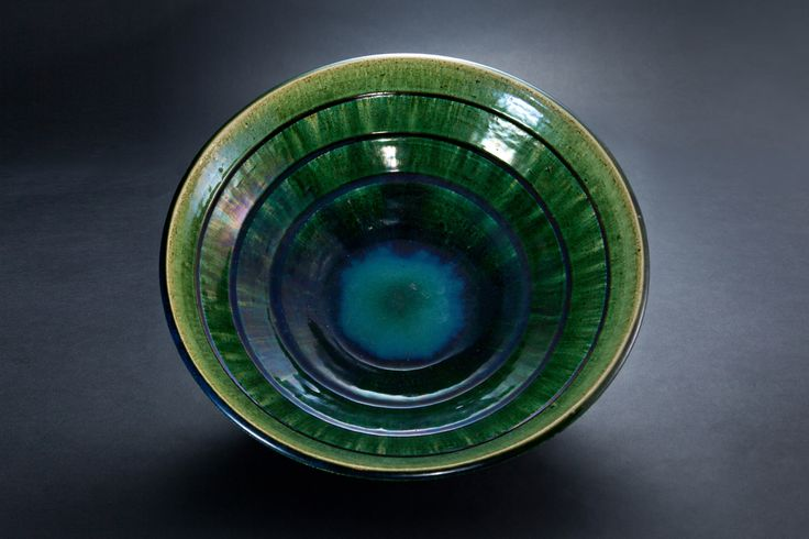 織部刻文大皿 Platter with engraved, Oribe type	2012