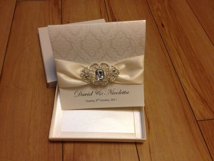 Rhinestone Brooch Wedding Invitations With A Paper Box Projects To Try Pinterest Brooches And