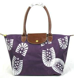 cheap Longchamp Footprint Stampa Bags Purple sales online, save up to 90% off on the lookout for limited offer, no tax and free shipping. #handbags #design #totebag #fashionbag #shoppingbag #womenbag #womensfashion #luxurydesign #luxurybag #luxurylifestyle #handbagsale #longchamp #totebag #shoppingbag
