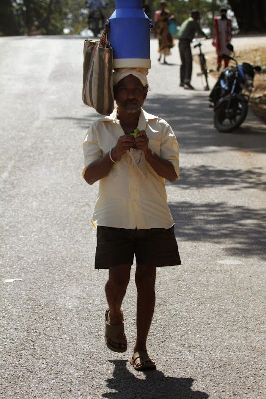 Gouli Community man selling milk at Dandeli, Karnataka