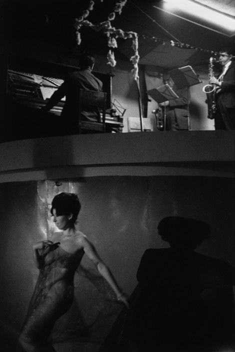 Magnum Photos - Sergio Larrain City of Vina Del Mar. 'La Rueda', a popular strip-tease, dancing hall. © Sergio Larrain/Magnum Photos