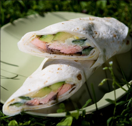 Wraps med bakt laks