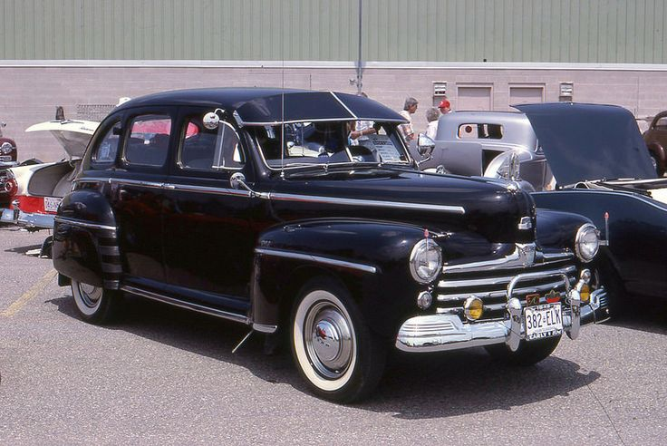 1948 Ford Super Deluxe V 8 4 Door Ford Cars And Ford