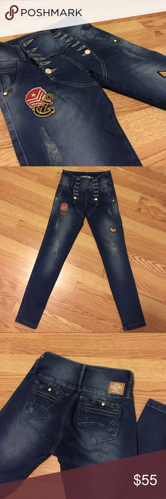 """Butt Lifting Jeans READ🇨🇴!! These are the Colombian """"Levanta cola"""" jeans. (Famous in Colombia for lifting your bottom) These are a Colombian size 8 which would fit a 3/4 in USA size! I'm usually a 5 stretch and my dad sent these so they don't fit me. NWOT! Make an offer. I'm sure you will be happy with them. And they have the trending patches which makes them even cuter! Originally $125 Colombian Jeans Jeans Skinny"""