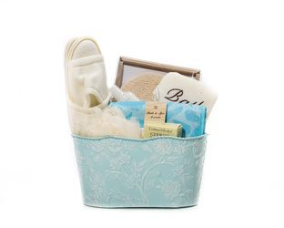 """Revitalizing La Source"" Basket - Crabtree & Evelyn Products.    Checkout http://www.basketful.ca/spa.html for more details    $90.00 CAD"