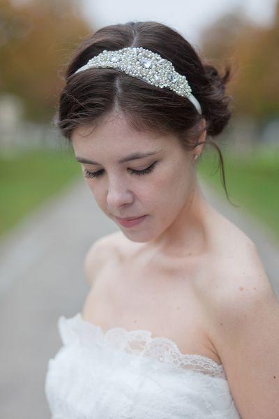 Braut haarband frisur  Die besten 20+ Haarband kaufen Ideen auf Pinterest | Walnusslikör ...