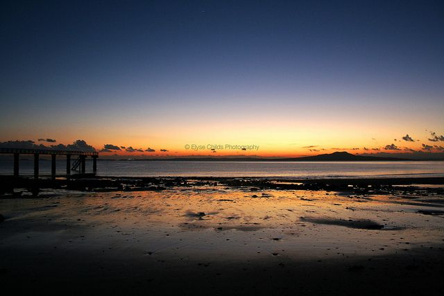 Rangitoto Island dawn | © Elyse Childs Photography