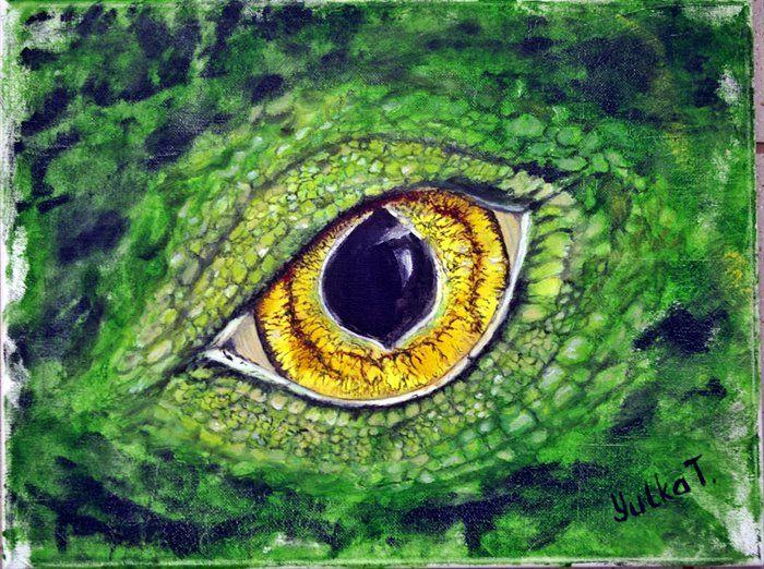 Green lizard eye#1 by Yuliya