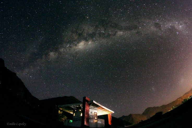 The Southern Milky Way over the observatory by Emilio Lepeley on 500px