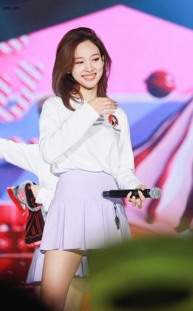korean women beautiful