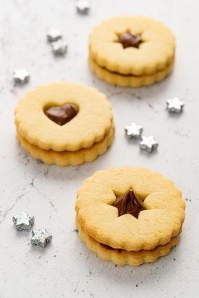 Sara Cucina Biscotti Di Natale.Occhi Di Bue Alla Nutella Con Frolla Alle Mandorle In Cucina Con
