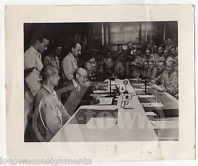 JAPANESE SURRENDER PEACE TREATY SIGNING VINTAGE WWII SNAPSHOT PHOTOGRAPH