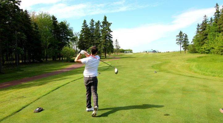 A great tee shot.  Photo by Simply Courtney.