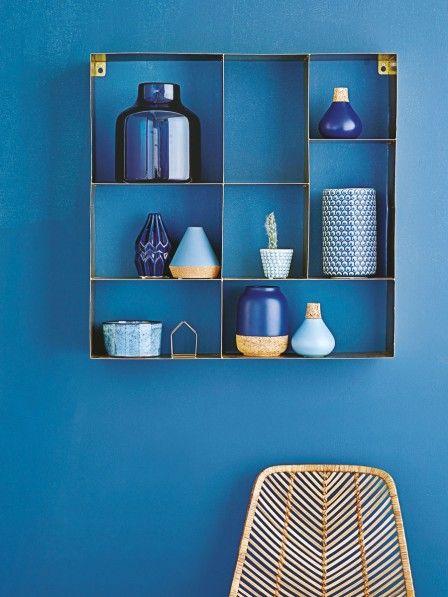 Der Klassiker Blau gibt 2016 den Ton an - und wirkt dabei elegant und wohnlich zugleich.