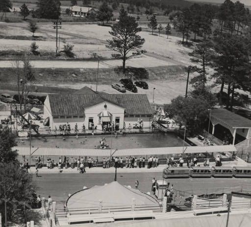 Aerial view of Idle Hour Park in Phenix City, Alabama. :: Alabama Photographs and Pictures Collection