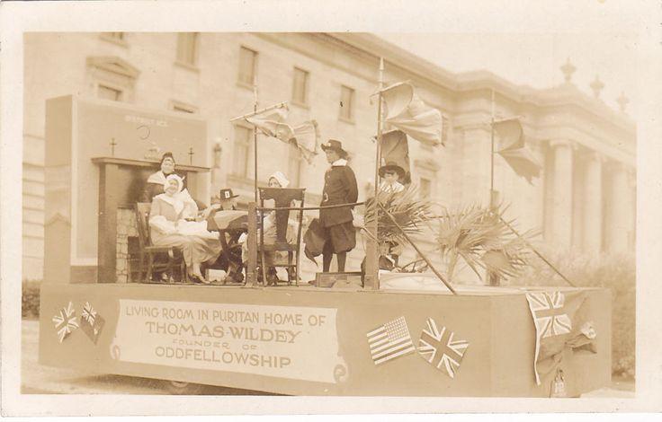 RP; Parade, WINNIPEG, Manitoba, Canada, 1931; Float of Living Room in Puritan Ho