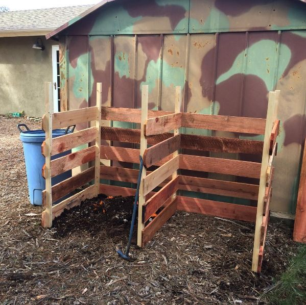 Discount lumber turned composting bin = happy plants this spring! #gardening #garden #DIY #home #flowers #roses #nature #landscaping #horticulture