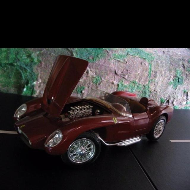 195?  Ferrari Testarossa .....: Fine Automobile
