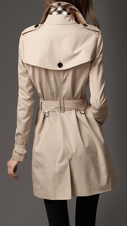 trench coat - burberry classic short