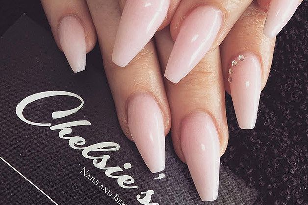 All the Different Nail Shapes — Decoded! 6. BALLERINA If you have naturally lo…