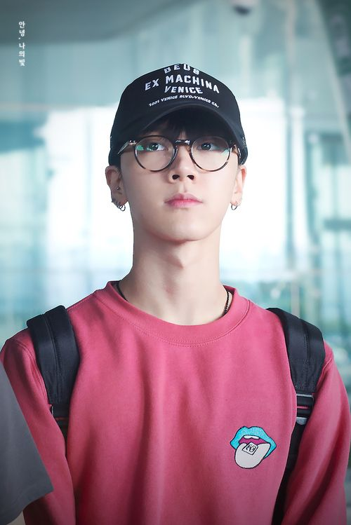 NCT Member Profile and Facts: Ten – Internet_Rebels