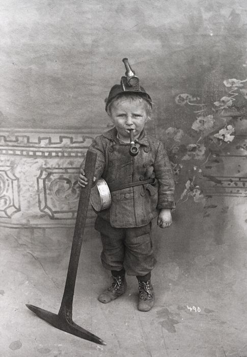 Miner Boy working in a coal mine… and kids think they have it tough today..