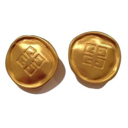 GIVENCHY LARGE LOGO VINTAGE EARRINGS 1980'S. NEW VINTAGE ❤️