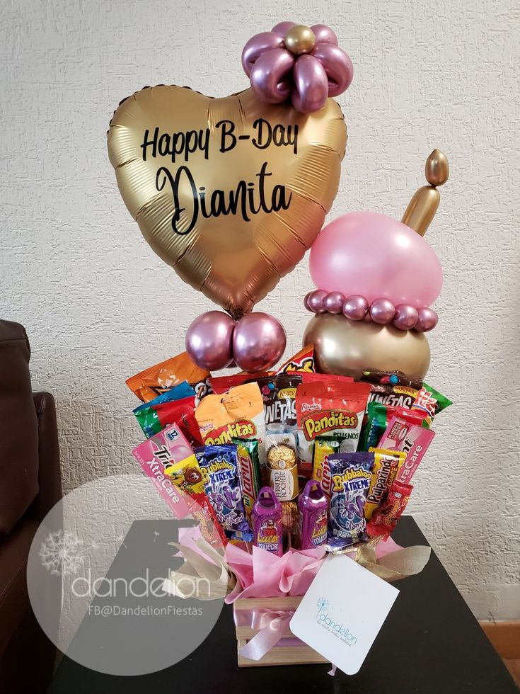 Valentine Gift Baskets, Valentine Gifts, Candy Boutique, Gift Bouquet, Candy Shop, Christmas Birthday, Paper Gifts, Birthday Presents, Kids Gifts
