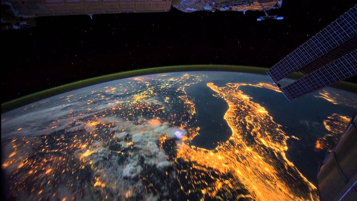 All Alone in the Night - Time-lapse footage of the Earth as seen from th...