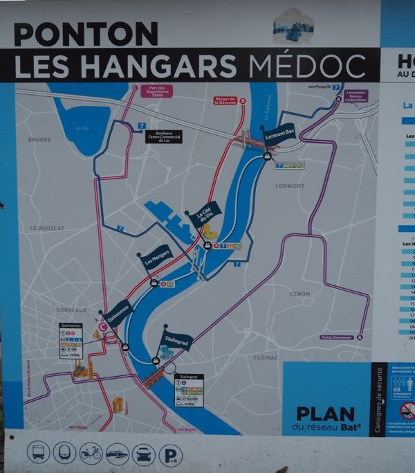 Bordeaux BatCub Boat Tour: http://www.francetraveltips.com/4-boat-tours-experience-outside-paris/