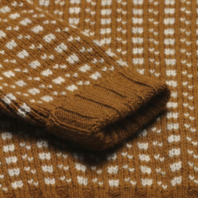 """Pattern from the Norwegian classic sweater """"Islender""""."""