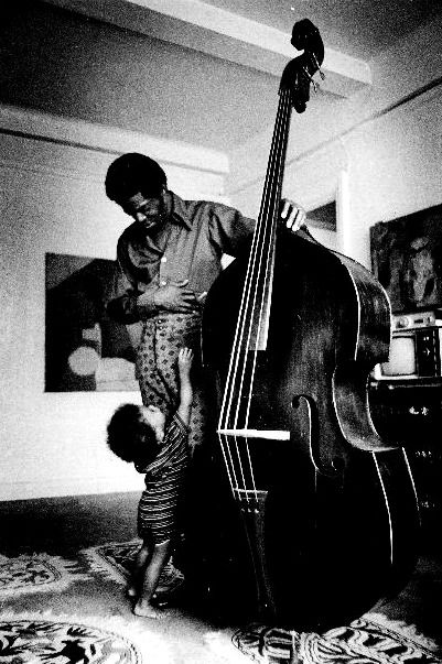 American double bassist JAMES EMORY GARRISSON and his son Matthew, in New York, '71 © Valerie Walker