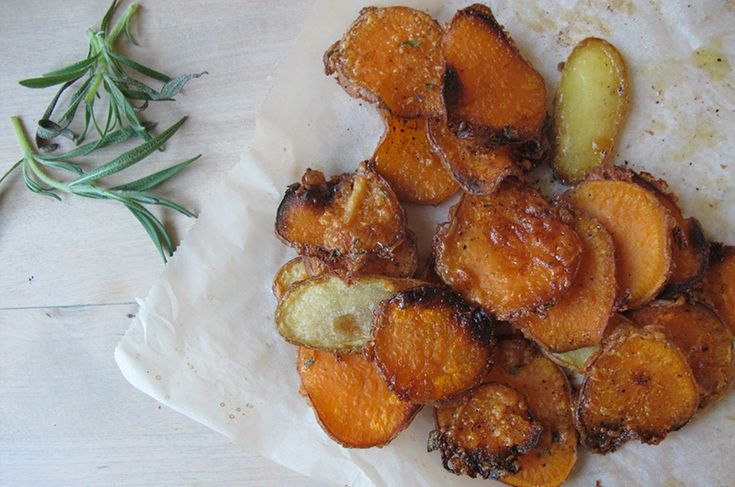 LowFODMAP / LavFODMAP  The homemade potato chips with goat chees.  Hjemmelaget potetgull med Chevré