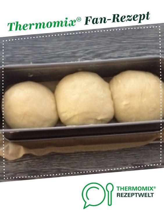 Stuten sehr flauschig von Dannysan. Ein Thermomix ® Rezept aus der Kategorie Brot …   – Thermomix