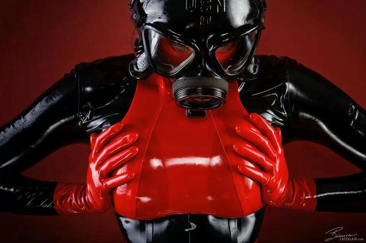 Latex & a gas mask | Cosas para ponerme | Latex、Rubber ...