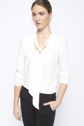 Answear - Bluzka biała koszulowa z wąskim szaliczkiem