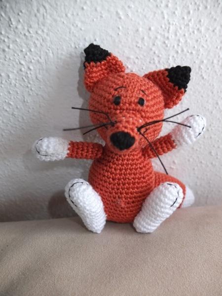 geh kelter fuchs crocheted fox deutsche anleitung http. Black Bedroom Furniture Sets. Home Design Ideas