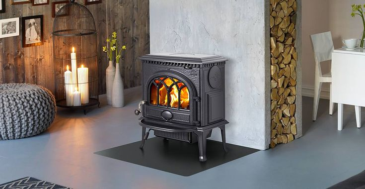 Jøtul F 3 has been a favourite for many years and is still one of Jøtul's best selling wood stoves.
