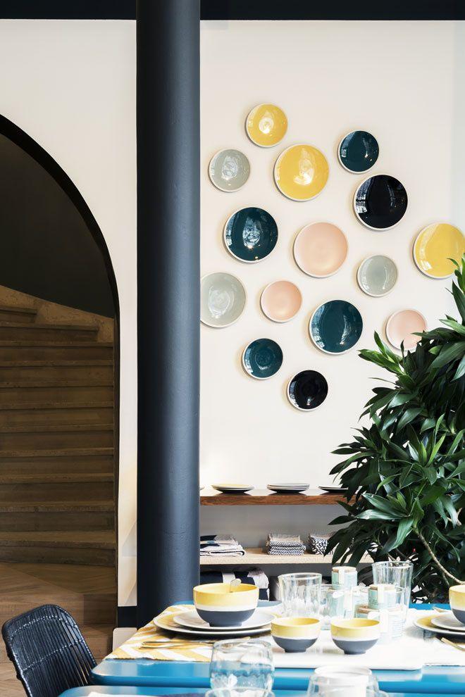 31 best la la cuisine investit la place des victoires images on pinterest architectural. Black Bedroom Furniture Sets. Home Design Ideas