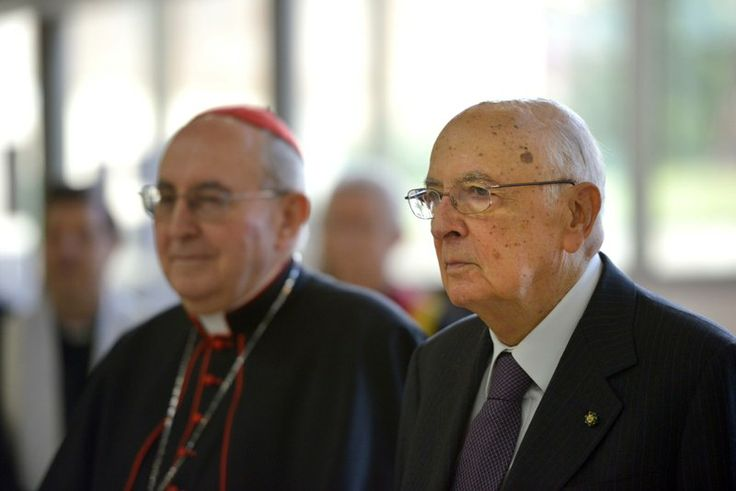 Il Presidente della Repubblica Giorgio Napolitano e il Gran Cancelliere della Pontificia Università Lateranense, il Card. Agostino Vallini