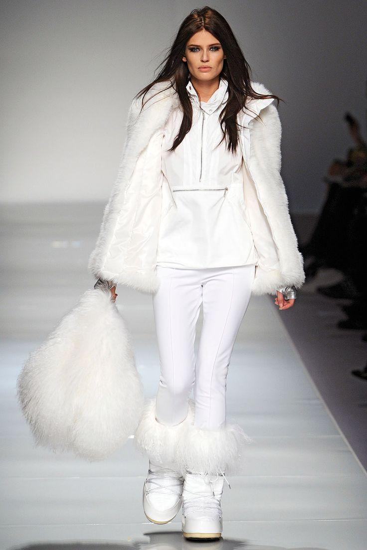 Blumarine Fall 2012 RTW - Runway Photos - Fashion Week - Runway, Fashion Shows and Collections - Vogue
