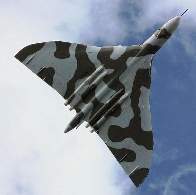 The Avro Vulcan by FrigateRN