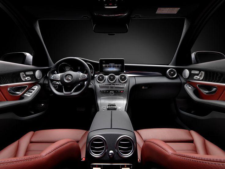 Photo de l'habitacle de la nouvelle Mercedes Classe C (2014) Salon de Genève 2014 Mercedes-Benz Classe C Nouvelle Mercedes Classe C (2014) : une mini Classe S !